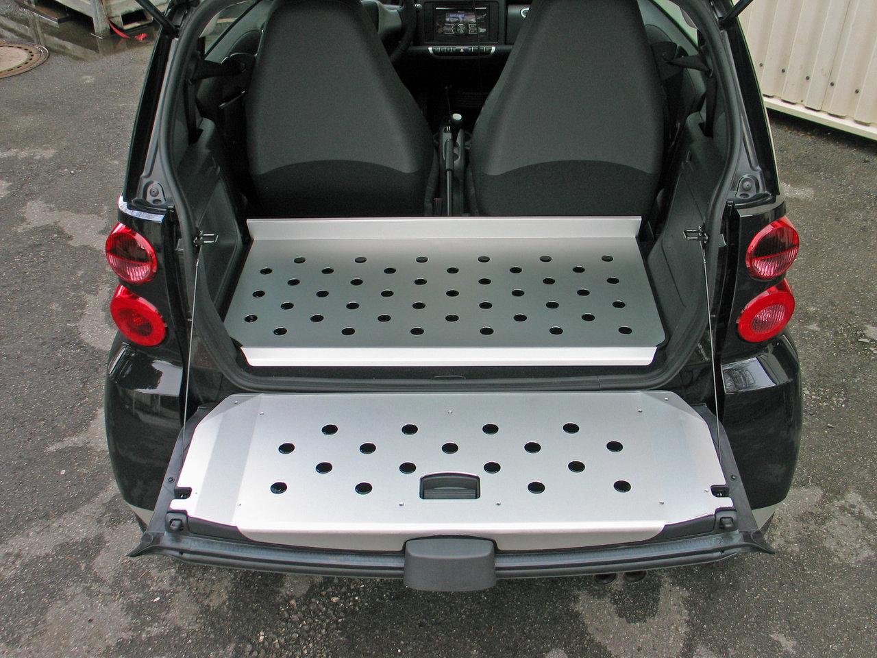 smart fortwo 451 coup und cabrio alu heckklappenblende. Black Bedroom Furniture Sets. Home Design Ideas