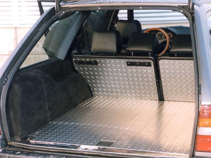 ladefl che mercedes benz e klasse w124 kombi. Black Bedroom Furniture Sets. Home Design Ideas