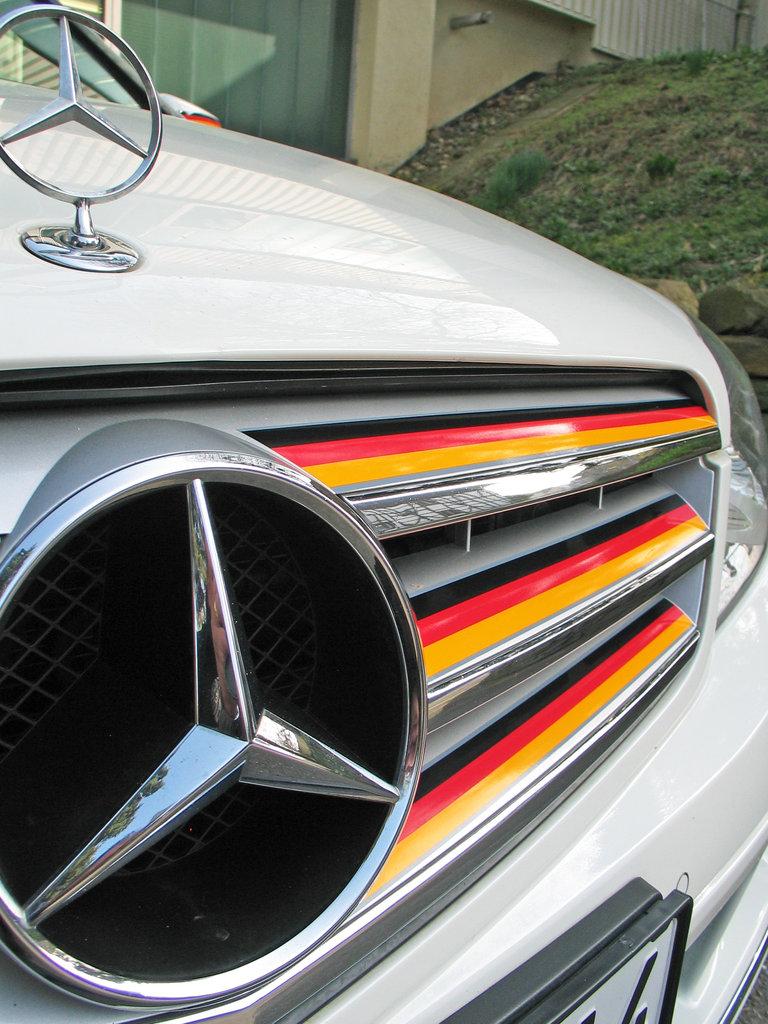 fan car stripes deutschland auto fahne flagge aufkleber zierstreifen dekorstreifen. Black Bedroom Furniture Sets. Home Design Ideas